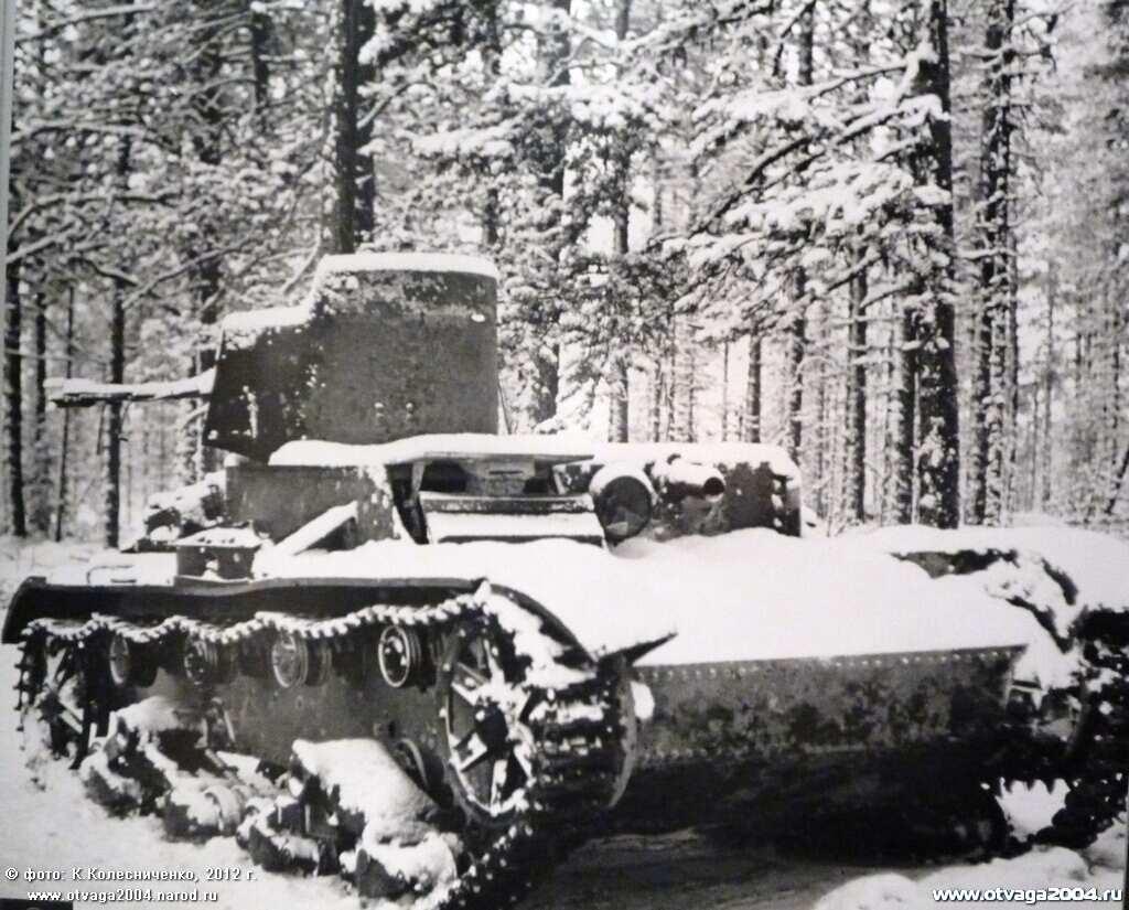 Захваченный финнами советский огнеметный танк ОТ-26. Толвоярви, декабрь 1939 г.