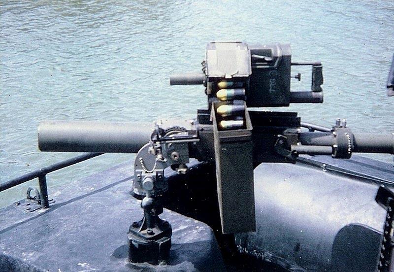 60-мм миномет Mk.4 mod.0 с автоматическим гранатометом Mk.20
