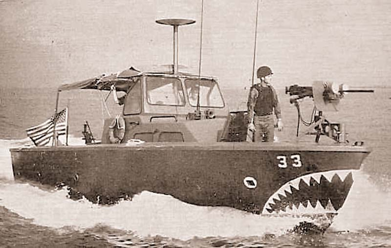 Быстроходный катер LCPL Mk 4 патрульных сил портов Южного Вьетнама