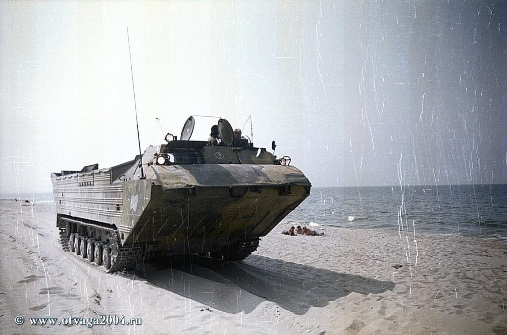Плавающий транспортер ПТС-2