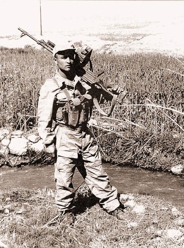 Оснащение бойца 1-го батальона СпН, 1988 год