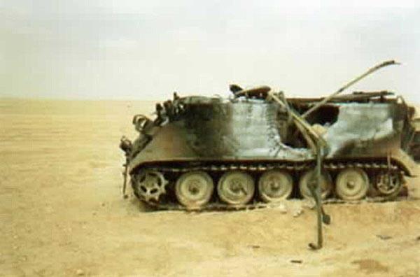 Рис. 7. БТР М113, уничтоженный попаданием ПТУР «Хеллфайр»