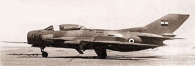 Истребители МиГ-19С египетских ВВС отличались пятнистым камуфляжем
