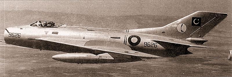 Пакистанский F-6 без камуфляжа