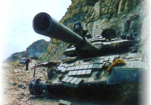 otvaga2004_tanki00