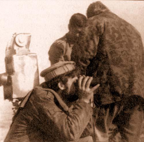 Республика Таджикистан, Курган-Тюбинский фронт, декабрь 1992 г. (автор наблюдает)