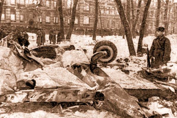 HE-111 сбитый А.Т. Севастьяновым. Ленинград, ноябрь 1941 г.