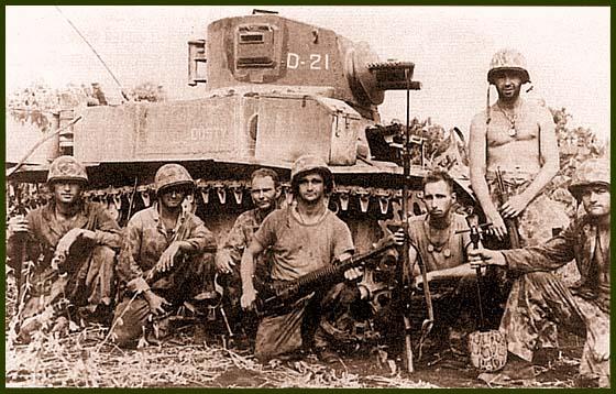 Огнеметный танк М3А1 «Сатана» из состава роты «D» 2-го танкового батальона морской пехоты. Остров Сайпан, июнь 1944 года. Эта рота имела 12 таких танков. Машина на фото имеет имя «Dusty»