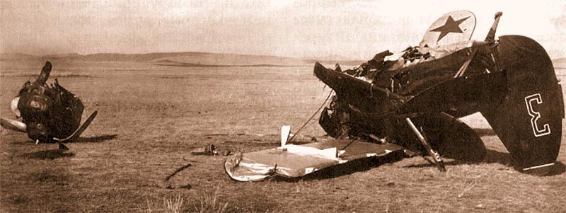Истребитель И-15бис из 70-го иап, разбившийся при вынужденной посадке на Халкин-Голе