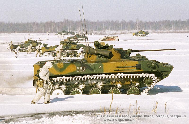 БМД-3 на зимних учениях