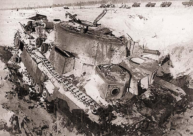 Танк Т-28 91-го танкового батальона 20-й танковой бригады, подбитый в декабрьских боях 1939 г. Район высоты 65,5, февраль 1940 г.