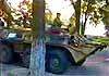 БТР морской пехоты врезался в дерево при погрузке на корабль (видео)