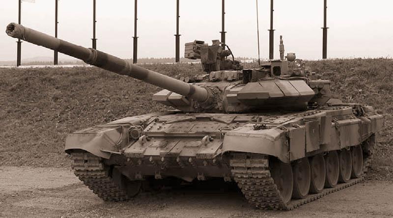 Танк Т-90СА на выставке «Урал Металл Экспо» в Нижнем Тагиле. Сентябрь 2006 г.