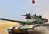 Новейший китайский танк ZTZ-99A2 против российского Т-90МС: что лучше?