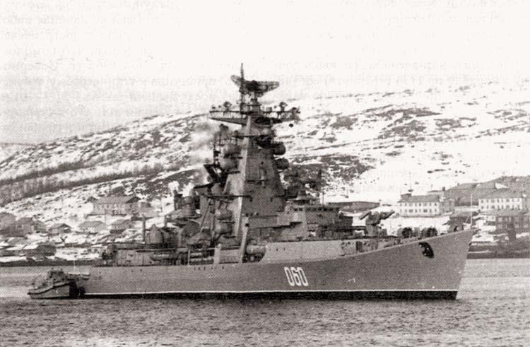 РКР «Вице-Адмирал Дрозд» в составе Северного флота, 20 марта 1985 г.