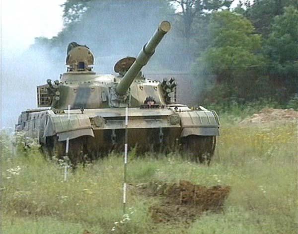 tank_type96_11.jpg