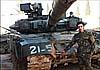 В Сирии российская «реактивная броня» «Контакт-5» спасает танки от ПТУР
